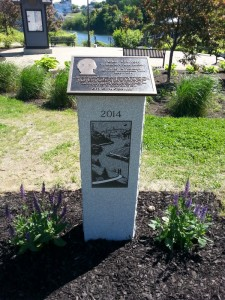 Monument to Peter Garrett at the Two Cent Bridge